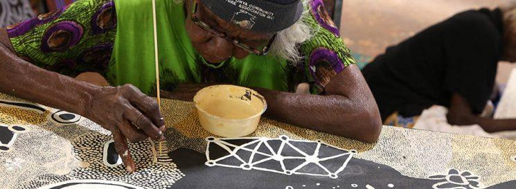 Martha McDonald Papunya Tjupi Arts Helen Puckey